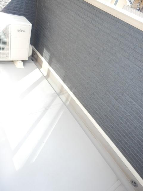 ヴェルデ向陽Ⅱ 02030号室のバルコニー