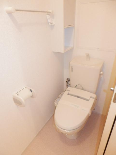 ヴェルデ向陽Ⅱ 02030号室のトイレ