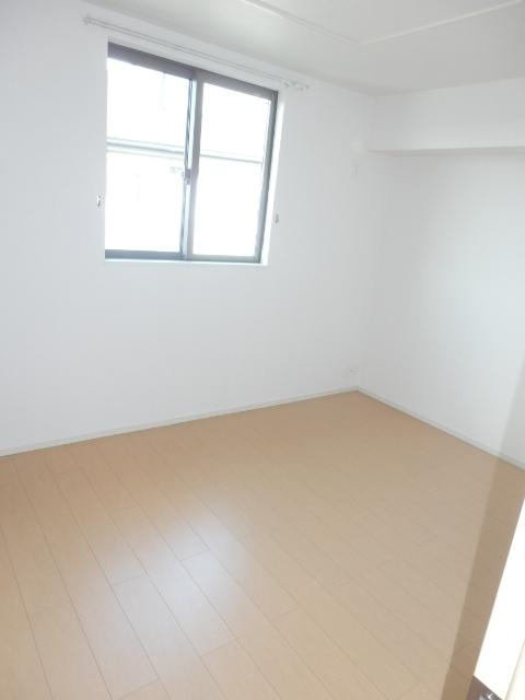 アムールB 02010号室の居室