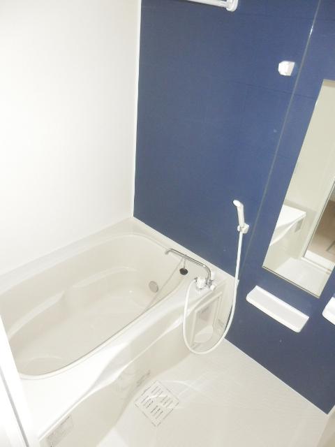 アムールB 02010号室の風呂