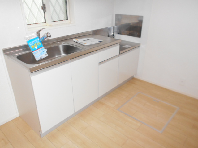 アルモニー・メゾン 01020号室のキッチン