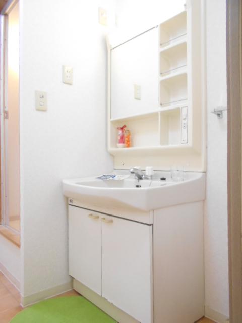 STAGE21B棟 110号室の洗面所