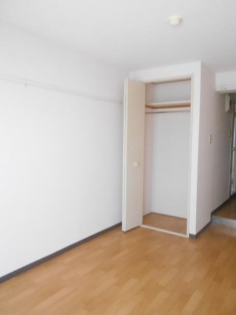 ジョイフル大和南 107号室の居室