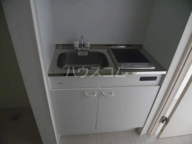 クーネル八王子 106号室のキッチン