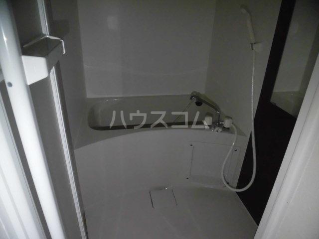 クーネル八王子 106号室の風呂