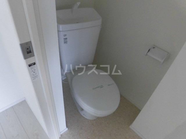 クーネル八王子 106号室のトイレ