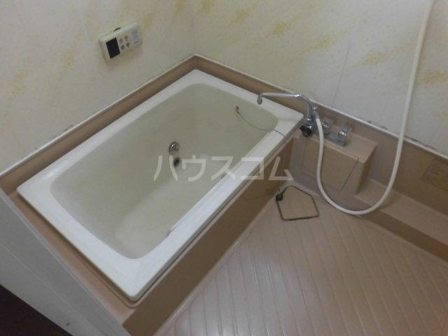 エステートエイム 101号室の風呂
