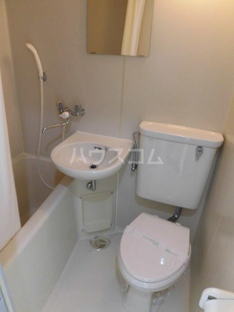 ルミエール八王子 215号室の風呂