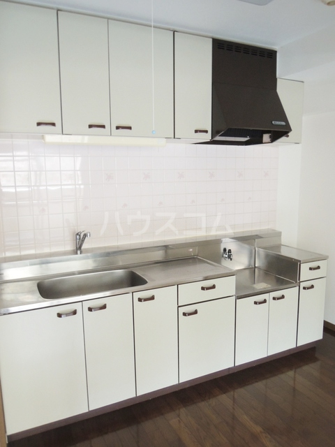 シルクフォルム 215号室のキッチン