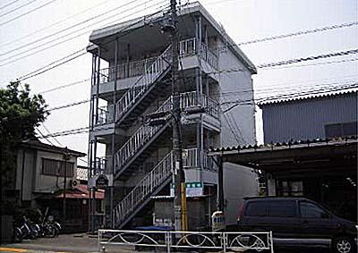 スリーハイム志村外観写真