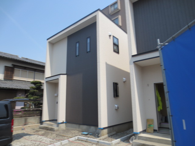 キューブハウス新宿外観写真