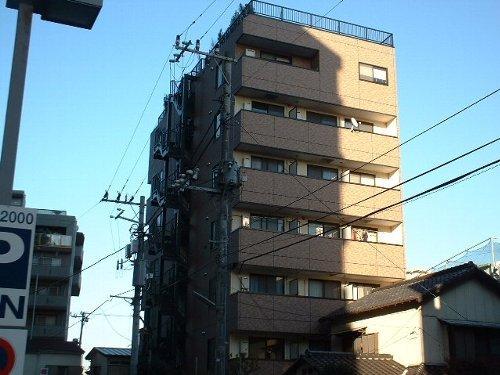 津賀マンション外観写真
