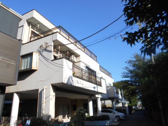 芹ヶ谷アパートメント外観写真