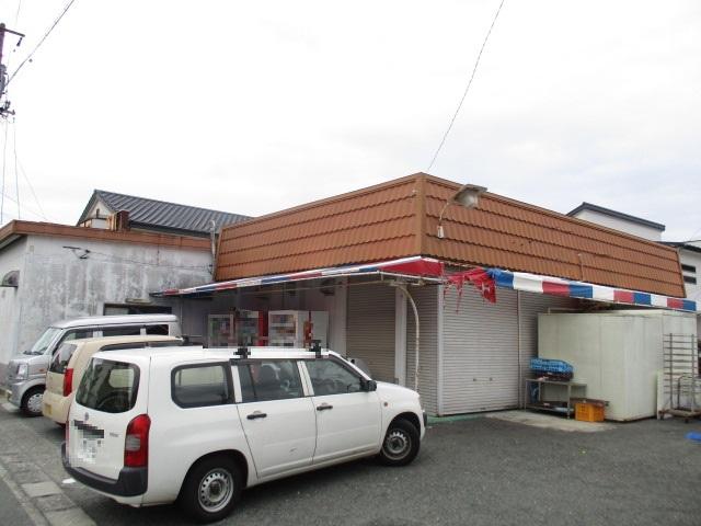 恩地町店舗外観写真