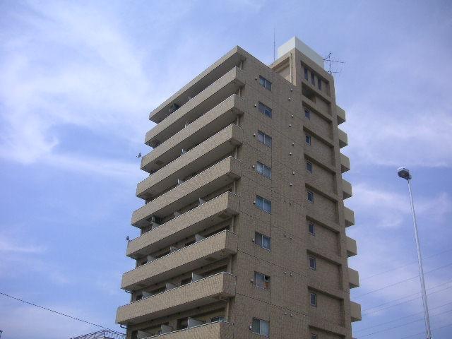 ライオンズマンション川崎境町外観写真
