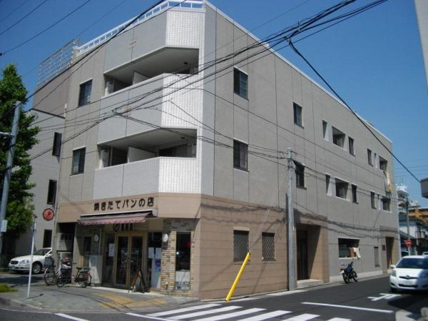 スワローハイム岩塚外観写真