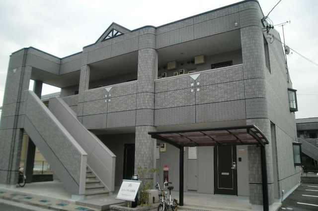 エマーブル弐番館外観写真