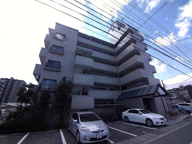 丸美ロイヤル久保田外観写真
