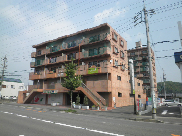第3宮脇笹川ハイツ外観写真