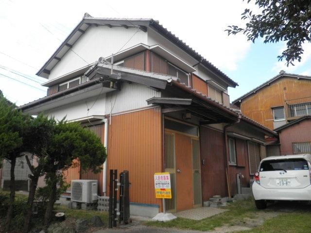 尾平町借家 1外観写真