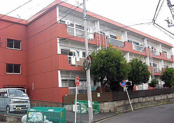弘明寺パークハイツ外観写真