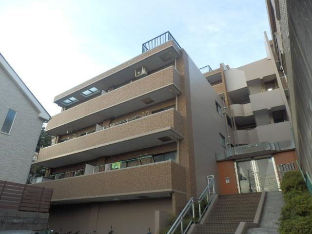 リブゼ横浜南五番館外観写真