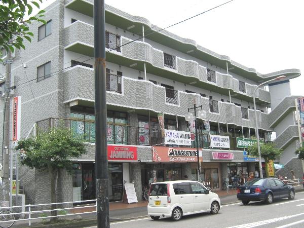 ブルースカイ平塚外観写真
