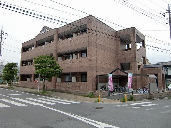 ペティハウス弐番館外観写真