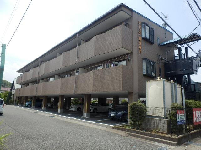 ルネッサ徳倉東町外観写真