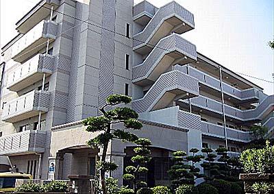 藤九ミネラルマンション外観写真