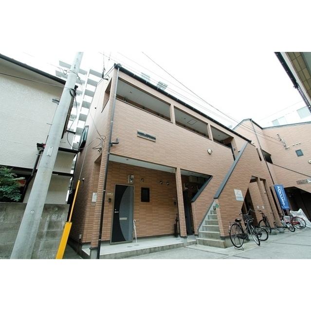 Apartment N First外観写真