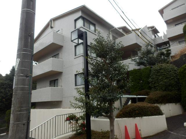 フローラ八幡山外観写真