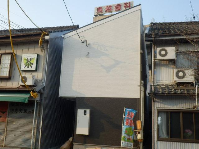 アコモ鳴海外観写真