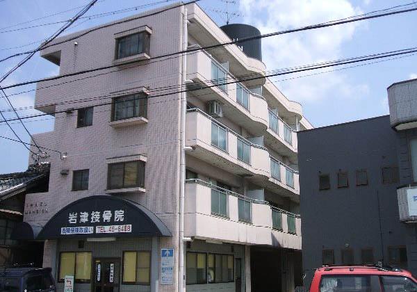 岩津マンション外観写真