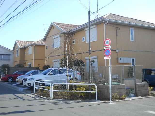 シャーメゾンMUKUROJIコート外観写真