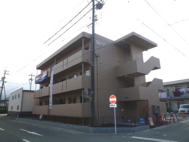 レジデンスアオヤマ外観写真