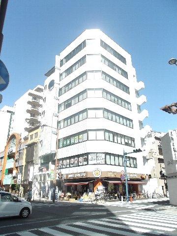 サン・フォレスト昭和町ビル外観写真
