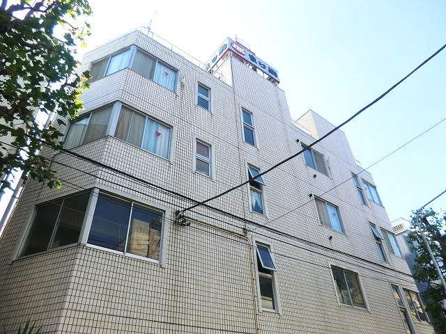 なり駒第2ビル外観写真