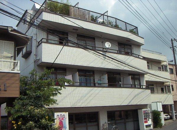 川上マンション外観写真