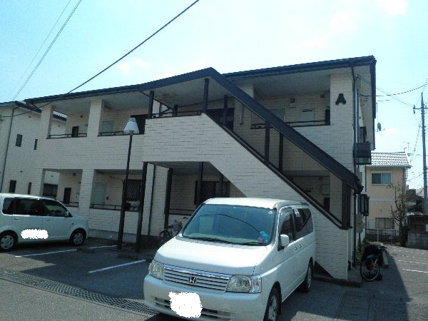 サン・フルハウス増渕A外観写真