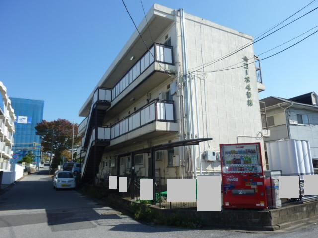 ヤマサイコーポ4号棟外観写真