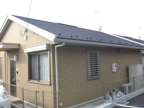 松田戸建てA棟外観写真