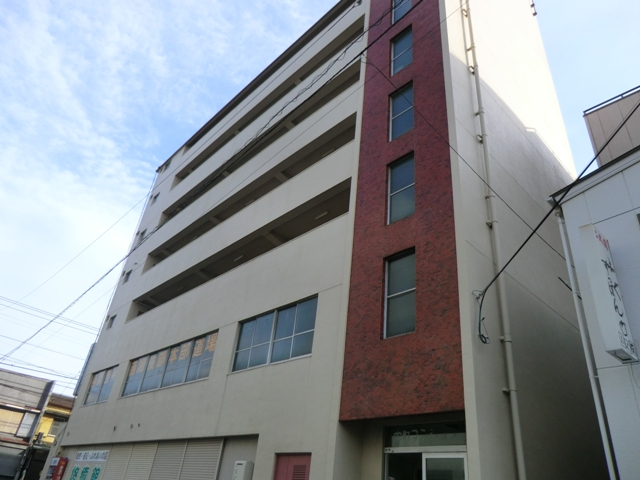 栄町マンション外観写真