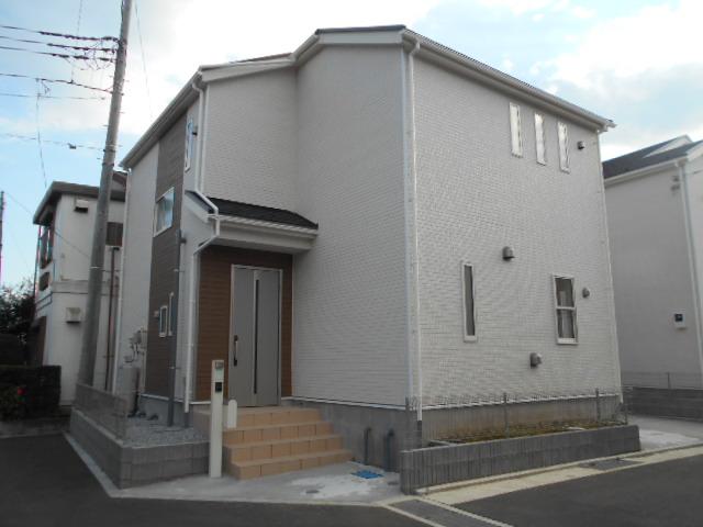 クレイドルガーデン松田町松田惣領15 3号棟外観写真