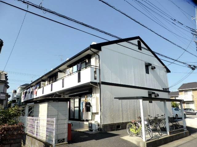 吉川タウンハウスⅡ外観写真