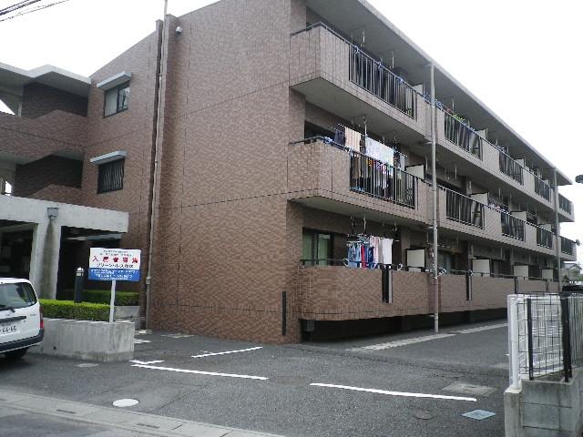 グリーンパレス藤塚外観写真