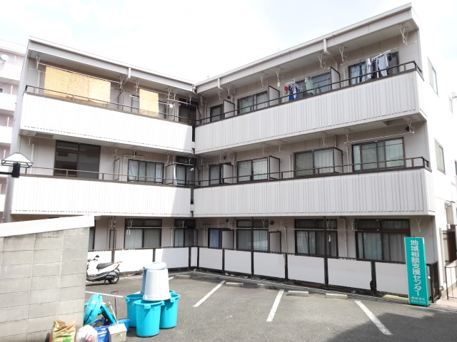 モア宮崎外観写真