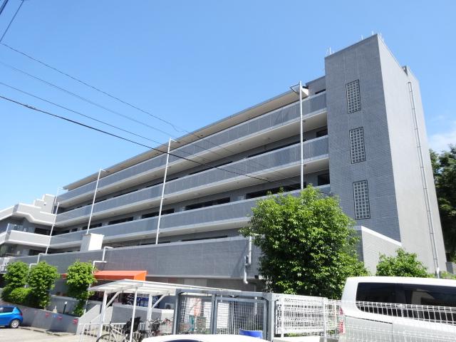 サンプラザ荏田外観写真