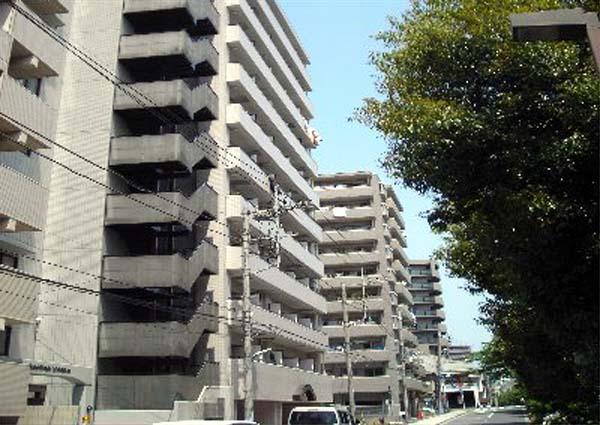 パーク・ノヴァ横浜阪東橋外観写真