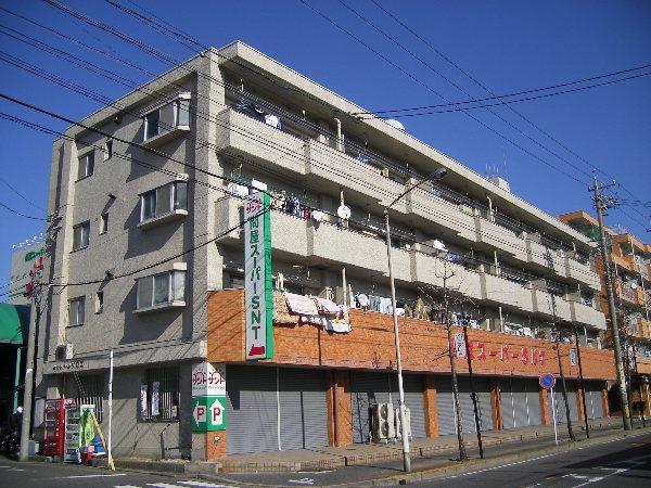 メゾンドールサカエ外観写真